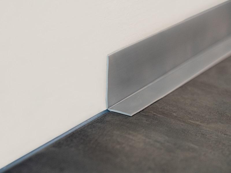 Podlahová lišta 1357