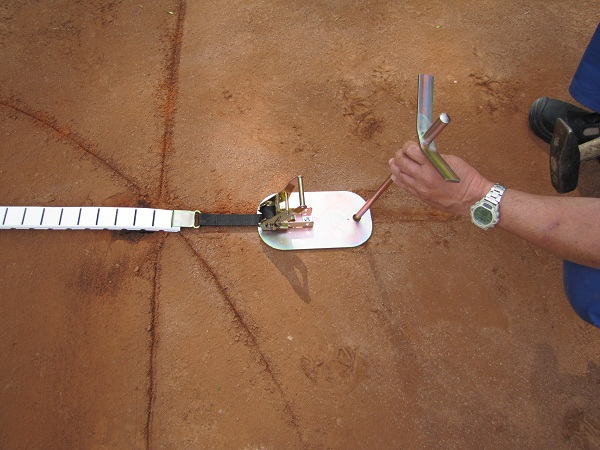 Montáž tenisové lajny 5 Fatra